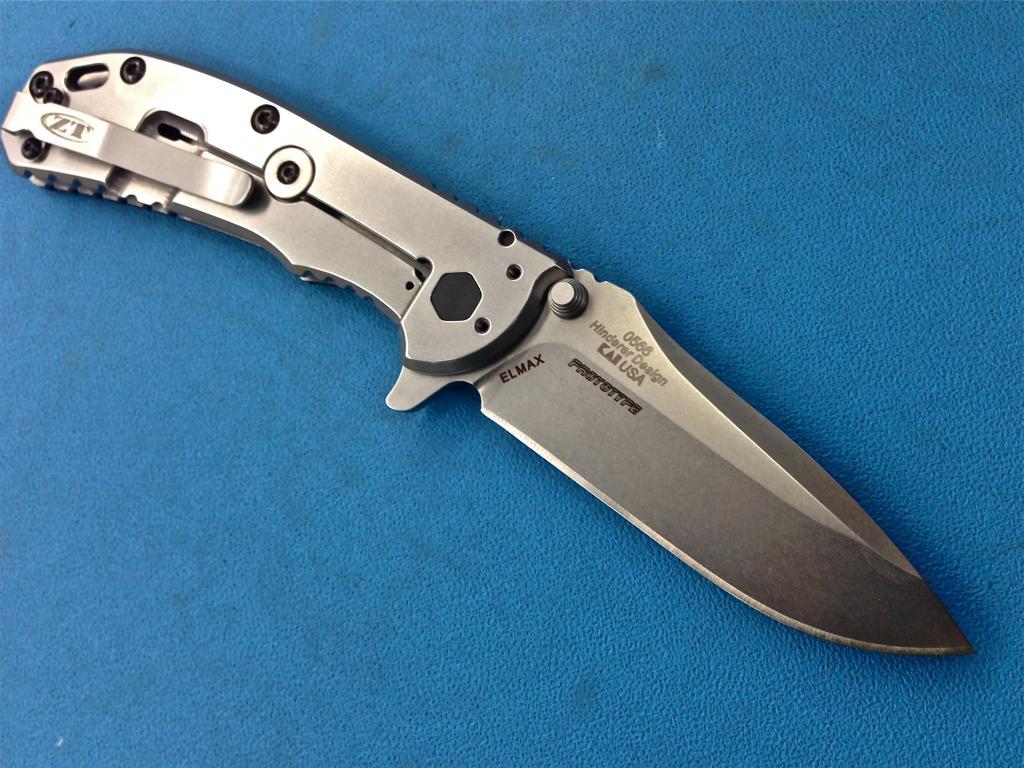 Backside of the o566. Image taken from BladeForums.com