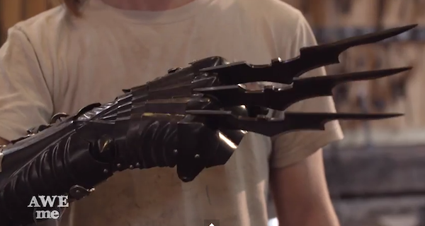 Watch As Famous Weapons are Mashed Up Into One Weapon
