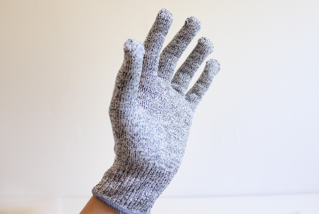 no-cry-gloves2