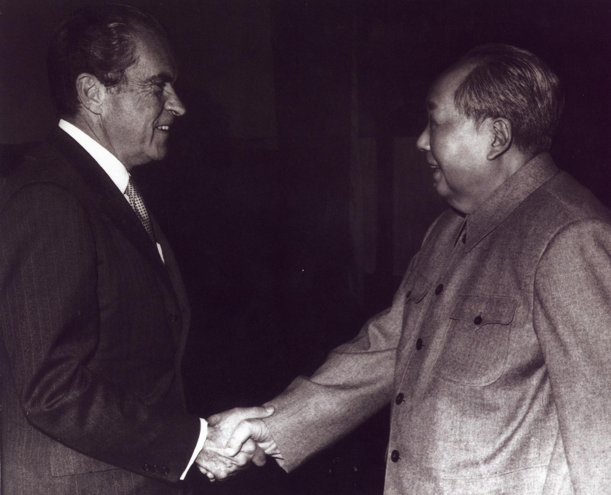 Richard Nixon with Mao Zedong