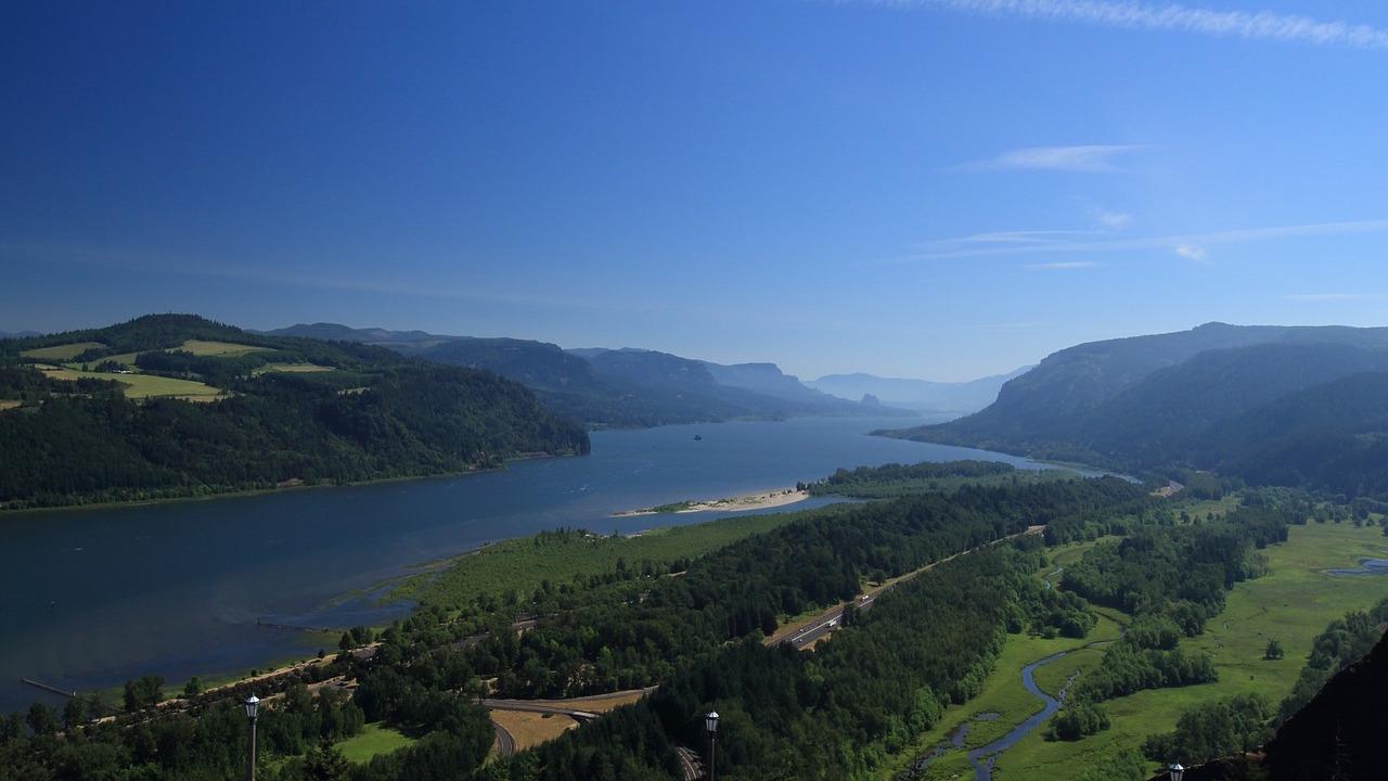columbia-river-1443120_1280